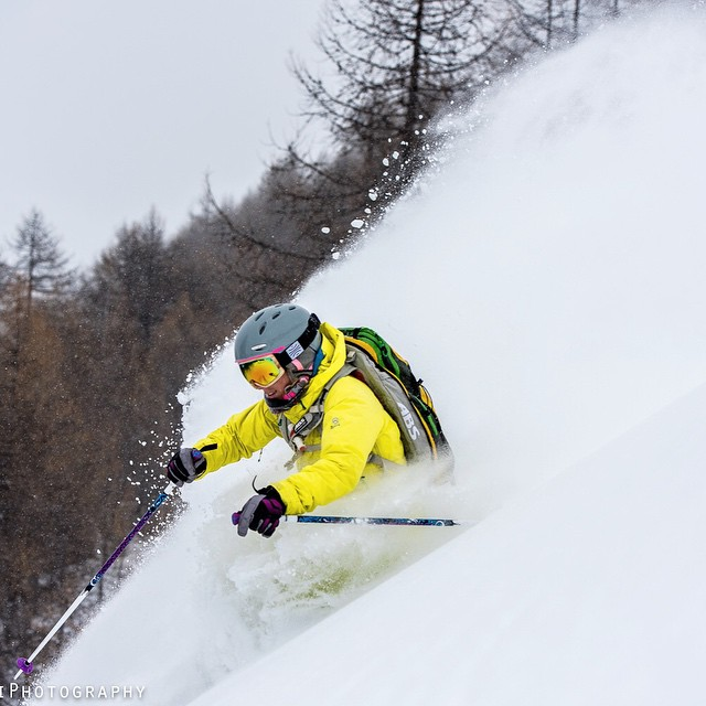 Ilaria Sonatore making the snow fly as she shreds down this backcountry slope. Photo by @paolosartophoto #bosky #backcountry #skiing #instawinter
