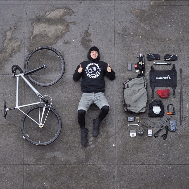 Monday Essentials | Shoutout to @stayalivenyc | #messengerstudy #project #fixedgear #courier #boombotix