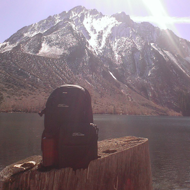 Short #hike with the Tahoe backpack & cooler around Convict Lake.  #mammothlakes #presidentsday #clearwaters #backpacks #coolers #adventure #graniterocx
