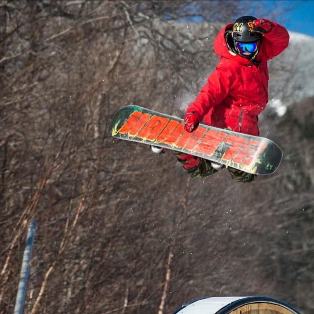 Team rider from #NewYork @scp_bofr❄️#Snowboarding #FrostyHeadwear