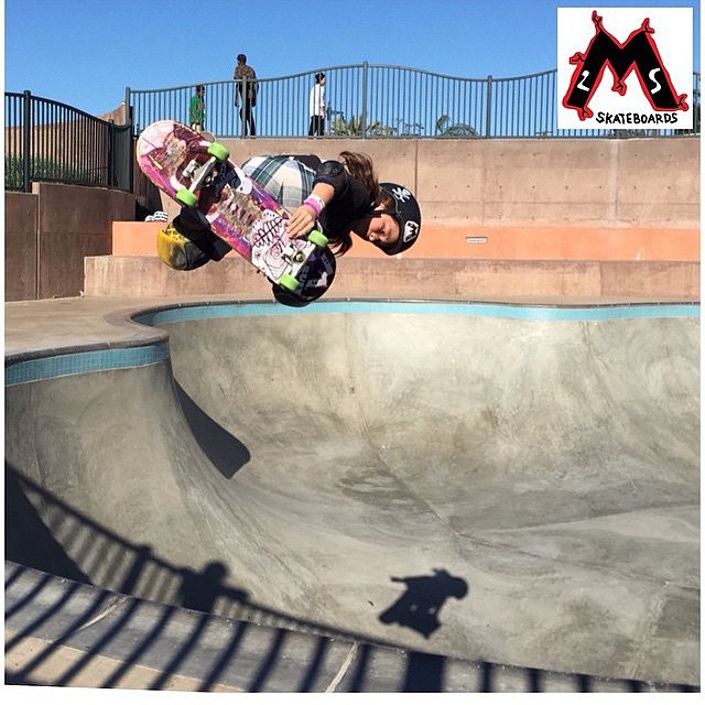 Our boy @mumblesocks putting in work on his @m2s_skateboards ⚡️