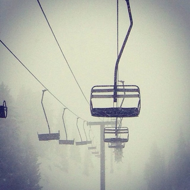 Snowing this weekend in the #Wasatch Who is getting after it? #goskiing