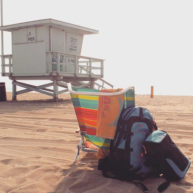 No complaints spending Wednesday on the #beach with the Cascade.  #southernca #hazydays #thecascade #manhattanbeach #backpacks #coolers #graniterocx