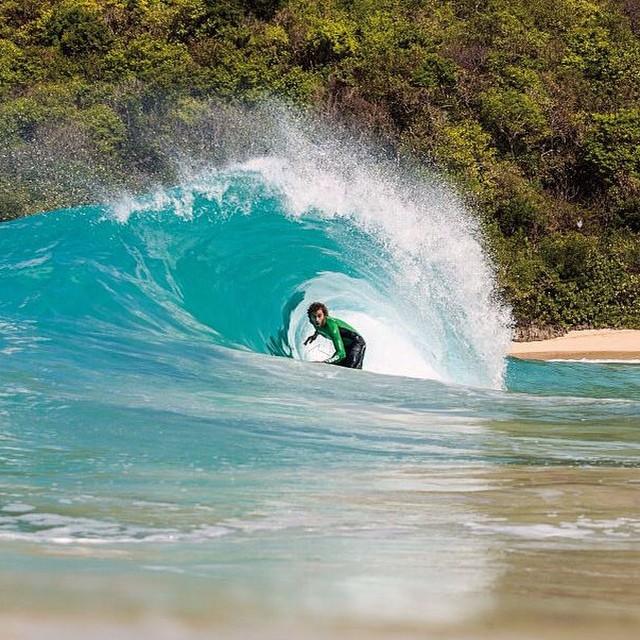 #JuevesDeOlas Caribe -Islas Vírgenes Británicas Buenas dosis de surf para el invierno en pleno Caribe. Es lo que ofrecen las Islas Vírgenes Británicas: 50 islotes y cayos para tirarse una vida entera explorando nuevas posibilidades. Una opción es ir...