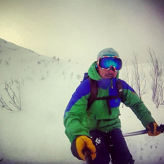 Ski ambassador and team artist Matteo Zilla finally riding some knee deep powder in Tromsø Norway #POWdayEveryday #powder #wintersports #skiing