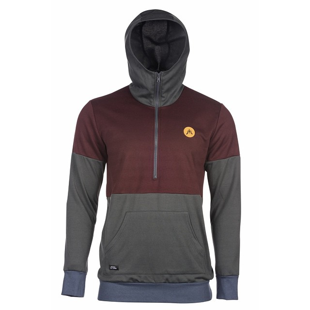 The [Gefo] Half Zip Hoodie has a trim fit with a cozy hood that zips right up and over your chin.  Crafted from super soft 100% polyester single-sided fleece, this one will you keep you warm and dry on the trail or out on the town. Made in San...