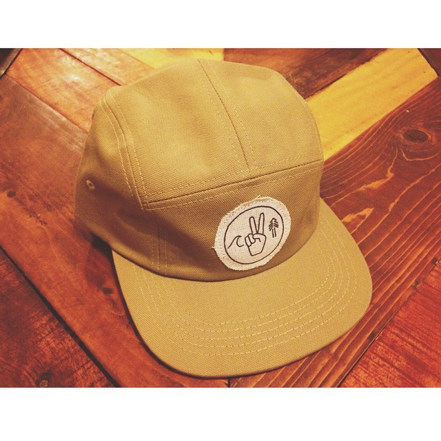 Sneak peak of our new 5 panel eco friendly camper hats •• Each cap is made by hand from a heavy weight organic cotton by the wonderful crew at @seasonedusa •• Patches made from a blend of hemp/organic cotton, and hand screen printed with water based...