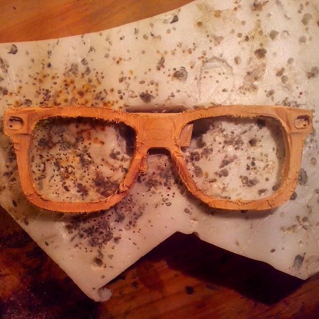 Esto es un frente recién sacado de una tabla!  #ufit  #ufitargentina  #anteojosdeskate  #anteojosdemadera  #anteojosreciclados #madera #wood #anteojos #sunglasses