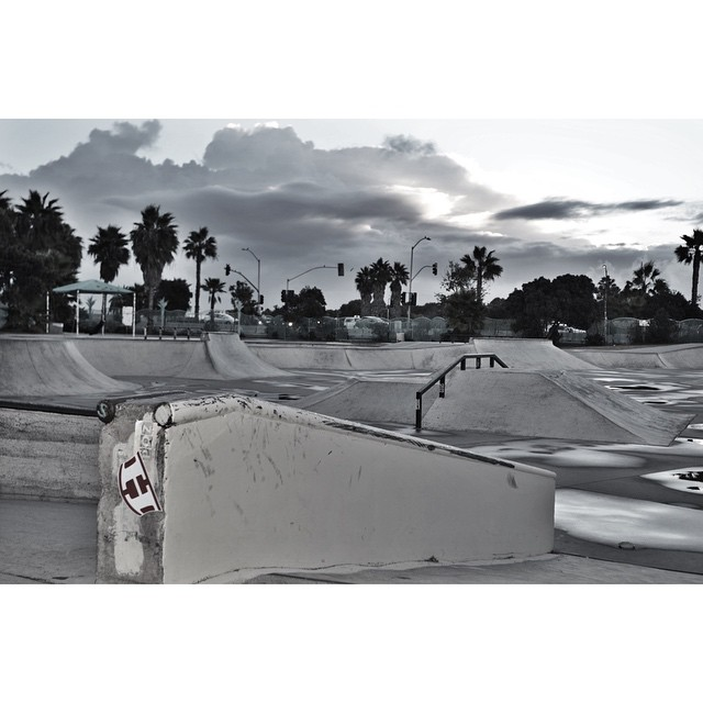 || Rise and Grind People • It's Friday || #hovenvision #neversettle #skate #riseandgrind #friday #ob