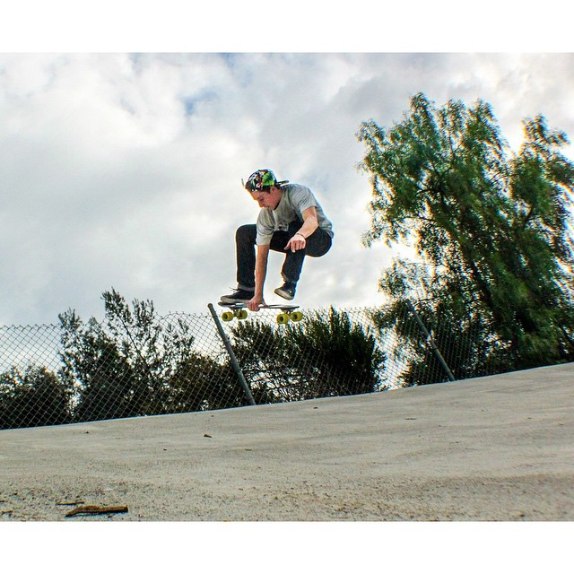 Jelly boneless #jellyskateboards #jellylife #sanclemente #ditch || Rider: @emancipationist