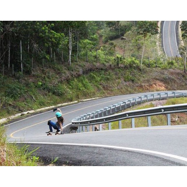 Weekend radness by #LGC Panama Ambassador @gracevargas25. Hope you're all having fun!  @steezephotofilm photo  #longboardgirlscrew #girlswhoshred #gracevargas #panama
