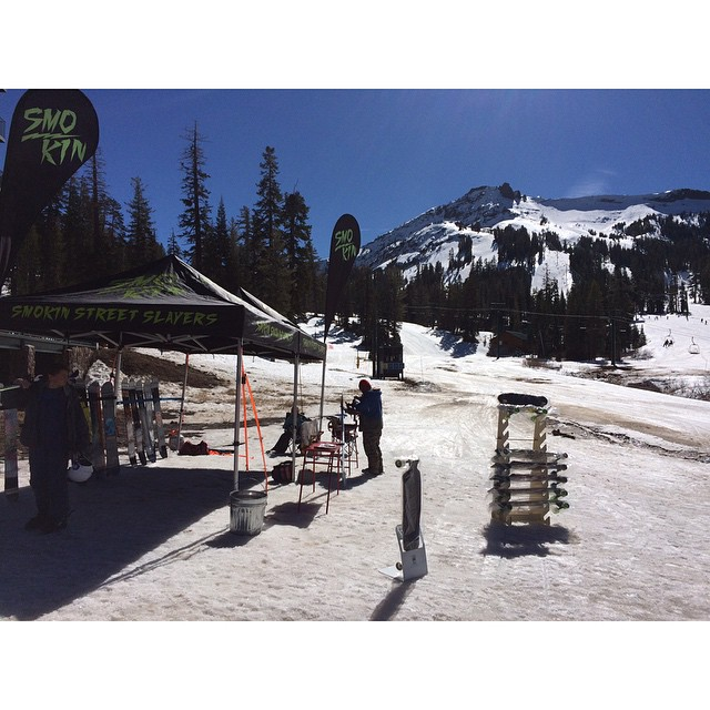 Come demo Smokin today and next Saturday  for free @kirkwood #7800BarandGrill #weareok #forridersbyriders #handmadelaketahoe #thankyousnowboarding