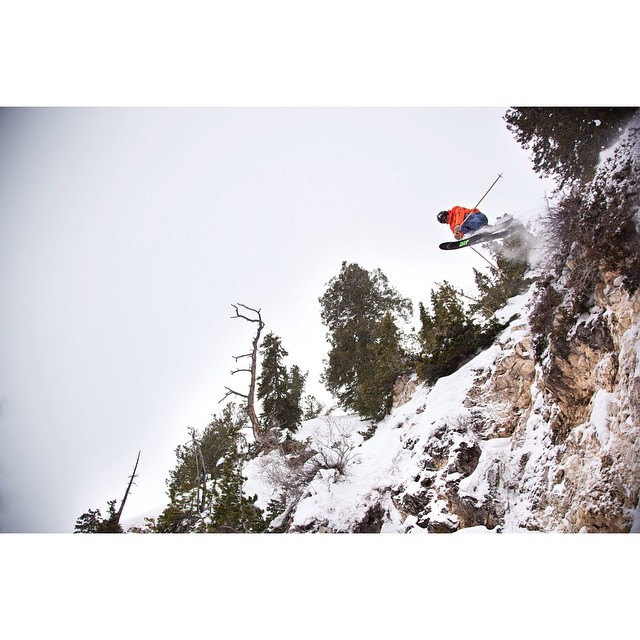 Flylow's @andrewrumph sending it at @skisolitude.