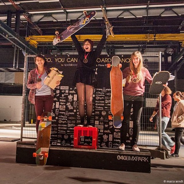 YEAH girls! #soyoucanlongboarddance 2015 edition Sponsored-Women podium! 1. @giulia.alfeo  2. @cindyzskates  3. Deborah Kesser  Amazing contest, amazing riders & women participation! Stoked the winner took the new LGC Board home