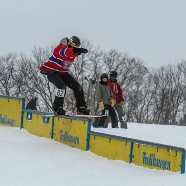 Team rider from #Minnesota @azizipflipsen❄️#FrostyHeadwear #Snowboarding @trollhaugentroll @trollhaugenparkcrew #Wisconsin