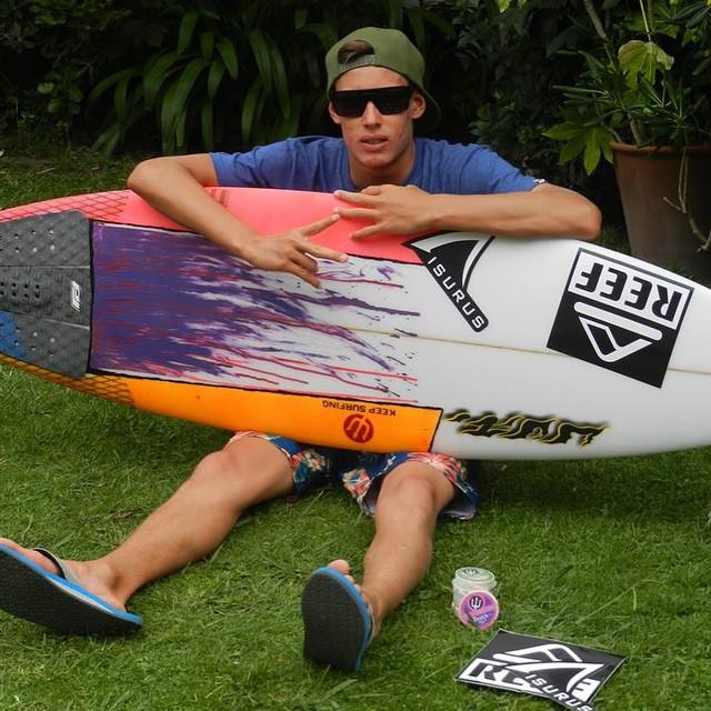 La nueva nave de @sebas_ventura #soul #surf #surfboard #reefargentina