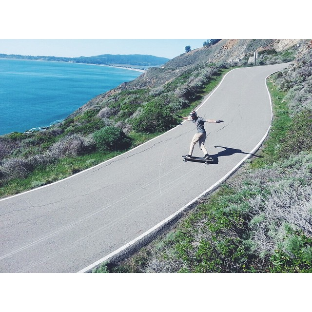og Caliber team rider @radzani pushes it out on a scenic NorCal right. photo @fillbackside