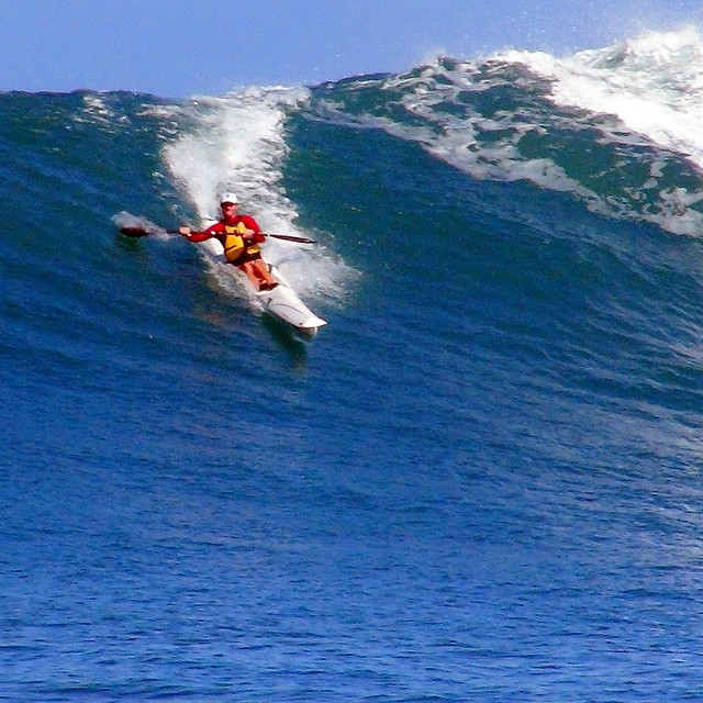 Rippping!!! My #SurfSki mentor, Molokai 2012 teammate, & long-distance open-ocean paddle inspiration @DylanThomas strutting pure skill in his spec boat near #HanaleiBay Kauai a few weeks ago |