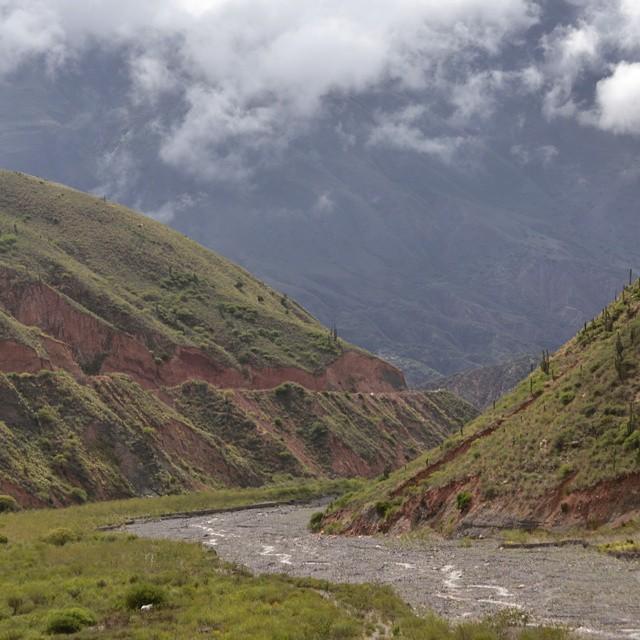 Te espero en la curva del rio.... tipo 1932 hs. Apurate que se viene el agua. #antistress #argentinaig #agean_fotografia #arte_of_nature #animazing_nature #bg_shots #canon_photos #canon_official #cool_capture_ #d3100 #earthsights #estaes_america...