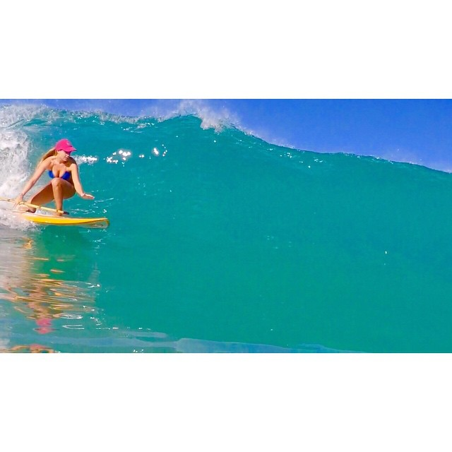 Sticking to it.  @swellliving doing what she does best #teambioastin #imaginesurf #konaboys #lifeinhifi #gp4 #odinasurf #kaenon #rareformoutdoors #navitasnaturals #standupjournal
