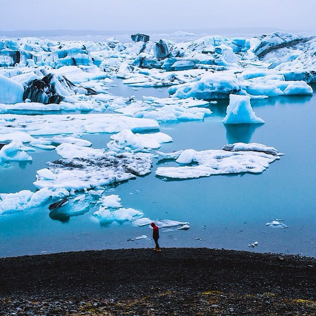 @christianmcld snapped this beauty in the Southern region of #Iceland called the Glacier Lagoon. This is the coldest part of Iceland. Half of the US is freezing right now, so we figured we'd share this to warm you up.