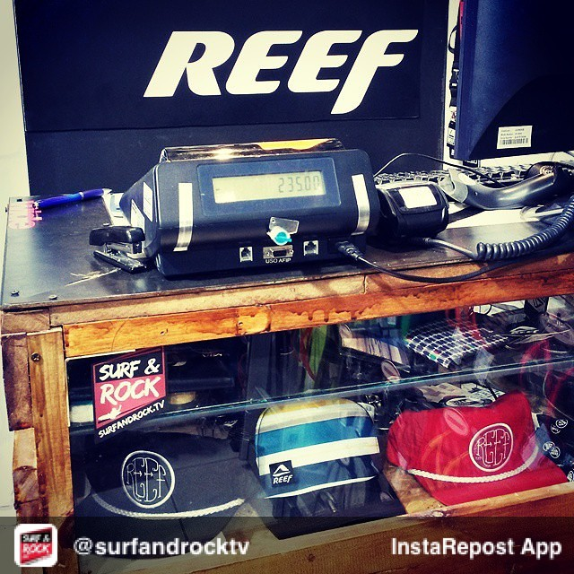 Repost from @surfandrocktv // SURF & ROCK RADIO musicalizando el local de @reefargentina en #Cariló