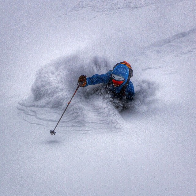 It's been snowing a lot in @aspensnowmass @jaywsss finding the goods on his #johnnyc's