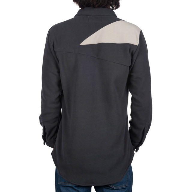 With the @desolationsupply [Tamarack] fleece we took our trim fit shirt design, added a unique seam detail on the back yoke, and crafted a timeless piece made from light-weight polyester micro fleece (quite possibly our favorite fabric). Another...
