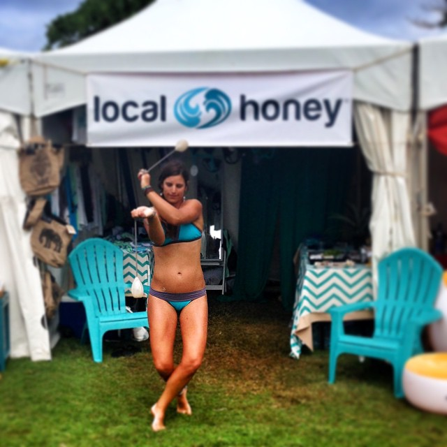 Channeling my inner rhythms at the @localhoneydesigns booth here at @turtlebayresort @wanderlustfest!  #honeyshavemorefun #poi PC: @calirainbow