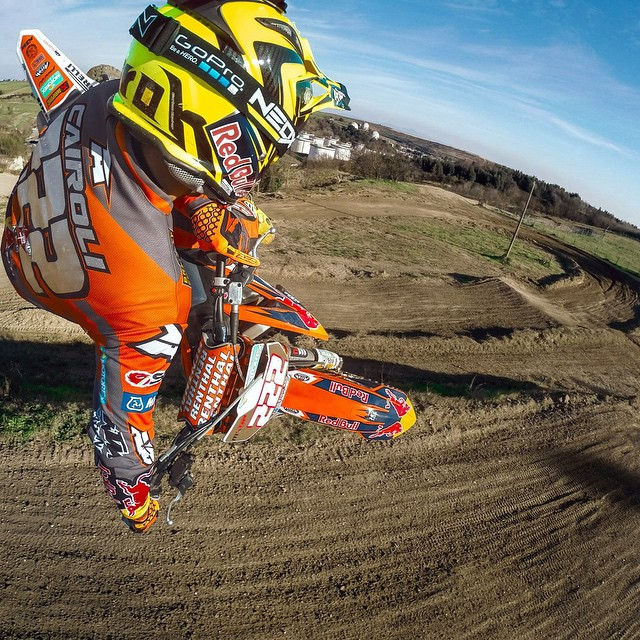MXGP kicks off right now in Qatar - good luck @antoniocairoli! We'll be rooting for you, Tony. #MXGP