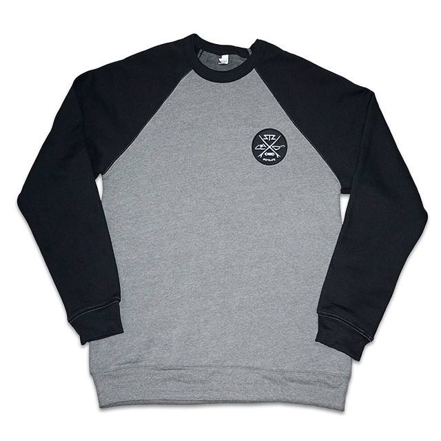 Still cold out there... Snag a staple crewneck | promo code: stzlife10 | #stzlife #crewneck #stillwinter #staywarm #stayoutside #happyshredding