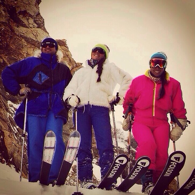 #tbs -- that's right, throw back saturday because #socialmedia is not our specialty.... To circa 2015 when it was proven that shaped ski technology is a dead technology!! @piliffq and @camilaffq at @altaskiarea #trnteklife @pit_viper