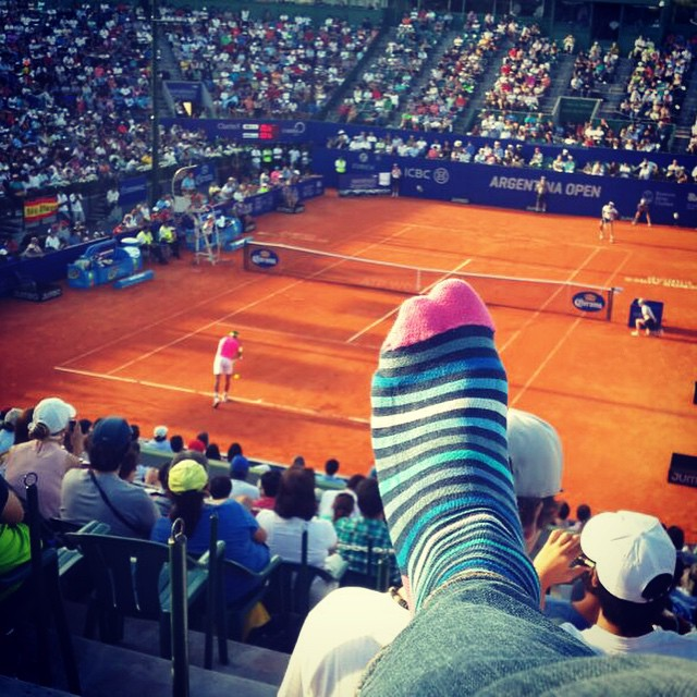 A tono con la remera de Rafa. #style #socks #MediasConOnda #ArgentinaOpen2015 @argentinaopen @rafaelnadal