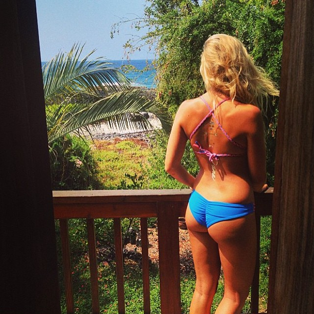 @alysween enjoying a #sunny #saturday in her new #bohoshort and #boho #surf in #azure #caribbean! Only a few more pieces left on the #cybersale! Shop.odinasurf.com/c/cyber-sale