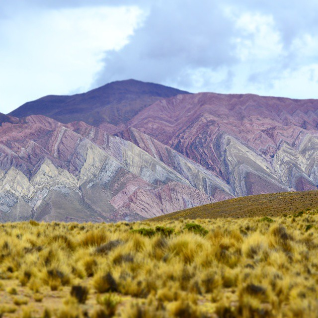Cerro Hornacal.... Hermoso hasta cuando esta nublado (Jujuy - Argentina) #argentina #argentinaig #agean_fotografia #all_my_own #animazing_nature #arte_of_nature #bg_shots #canon_photos #canon_official #cool_captures_ #d3100 #estaes_america #earthsights...