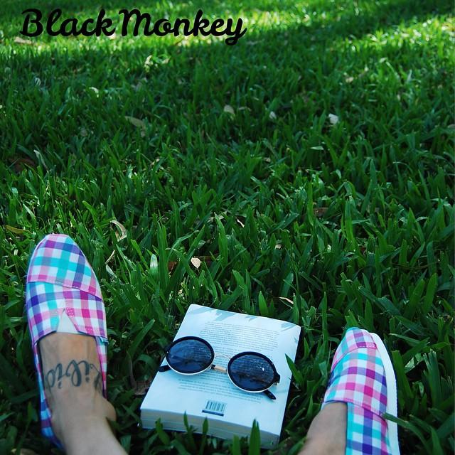 #blackmonkey para un Domingo con olor a otoño!!! Enjoy!! #alpargatas #argentina #palermo #domingo #relax #enjoy #calzado #picoftheday #summer #trendy #delasbolivianas #elbauldejosefa #goodpeople #ferionlove #santabarbara #blackmonkeystore