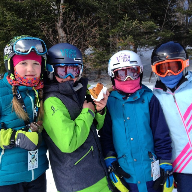 These girls are having the time of their lives! #FATskiathon at @sugarbush_vt presented by @vtnorthskishop