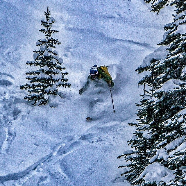 Ryan from @folsomskis got his powder fix today too at @aspensnowmass