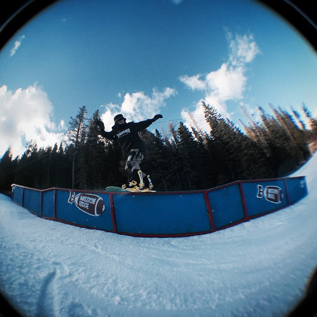 Eythan Frost @instatrap holding it down in the northwest with a front board down the double. @deathlens #missionridge