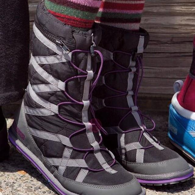 Pakems Cortina Boots. #stylish #comfy #apres #relaxhappy #fun #pakems #bekind www.pakems.com