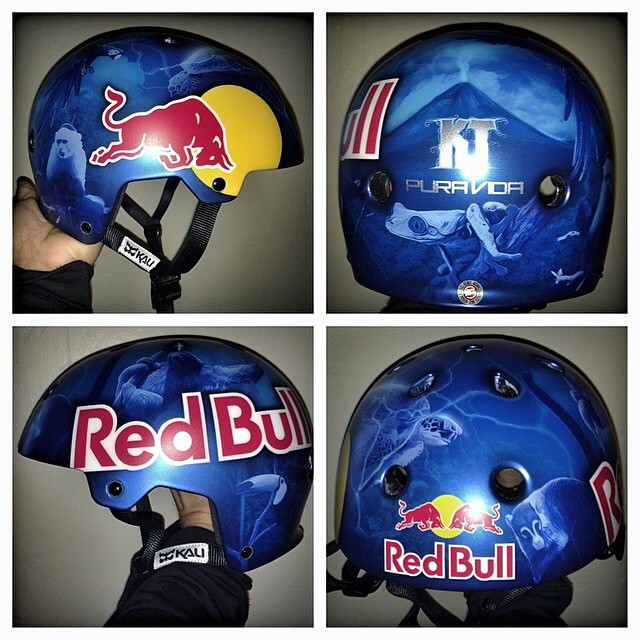 Wow. How cool is this helmet that @airtrixpaint whipped up for @kennethtencio?
