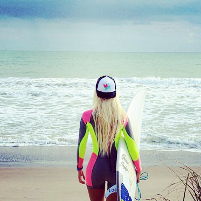 It feels good to be lost in the right direction.... #repost from @keileygregory #luvsurfapparel #wearthecalidream #surflikeagirl #goodvibes #liveyourdreams #getoutside #getlost #gethappy