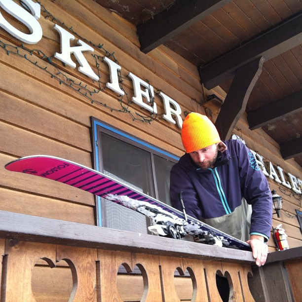 Thanks to @skineon we are checked into the Skiers Chalet & getting a few skis ready for testing tomorrow at #freeskiertest