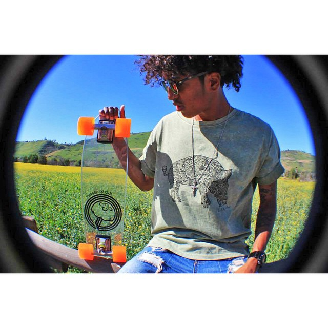 feelin' springyy with @zeyakemon #jellyskateboards #jellylife #springbreak