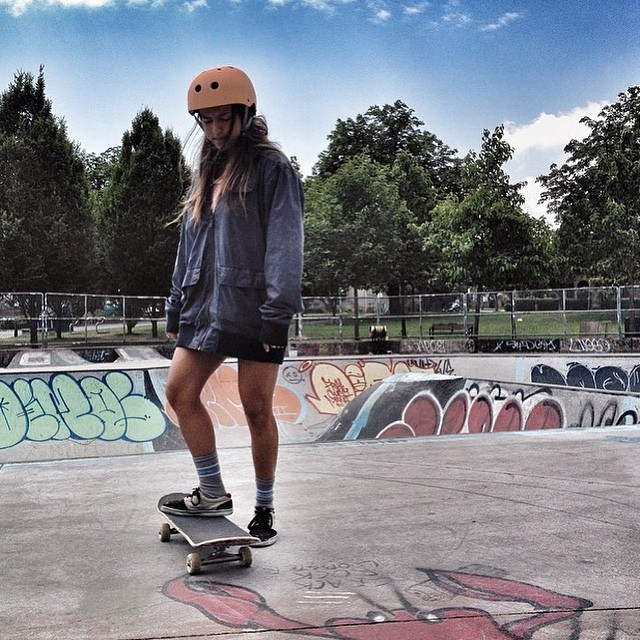 #TBT to the time @huntahlong left the warmth of Hawaii and froze her butt off skating #HastingsPark in #Vancouver! #goodtimes #xsteam #skate #skatebikeboardski
