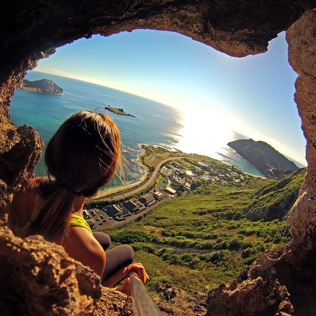 @janemoon checking out the view of Oahu from the Makapu'u Tomtom Trail. #gopro #gopole #gopoleevo #hawaii