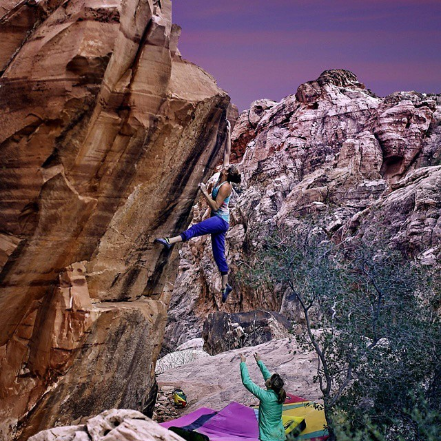 "@alexjohnson89 climbing in Red Rocks, NV. She recently sent this route she named ""The Swoop"". #GetOutStayOut  Photo: @spray_spray_spray"