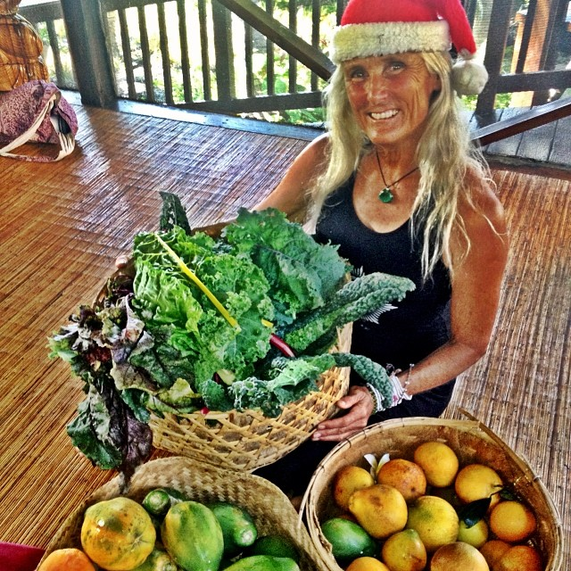 Mrs. Clause has arrived home with gifts! I love my mom!!!!;-) #eatlocal #organic