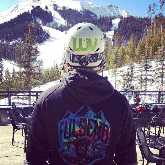 @unitedluv @montuckycoldsnacks #bigsky #montana #skiing #snowboarding #JustSendIt #mountains #tiedye #helmetsarecool #sendit