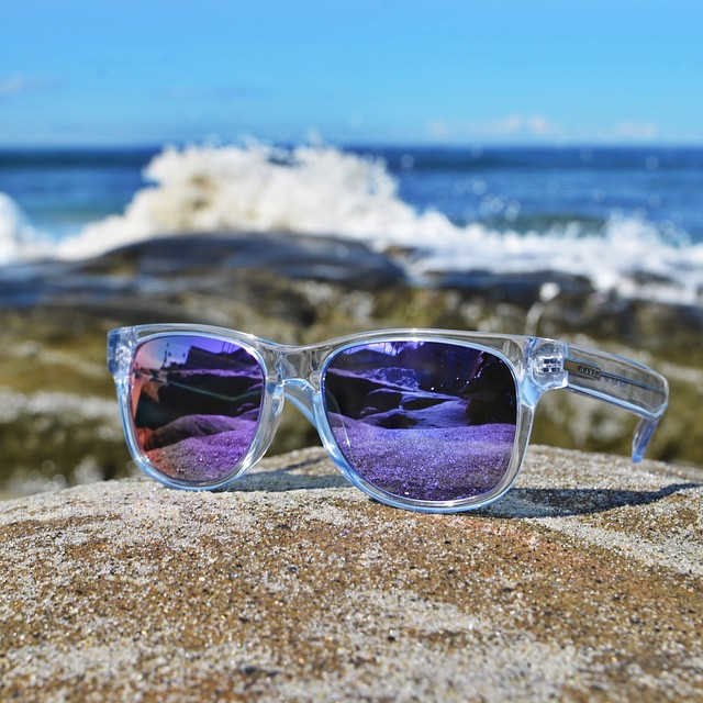 What does your Hoven Sunday look like? #hovenvision #sundayfunday #beach #surf #sunglasses #horizon #instagood